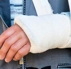 orthopedic-doctor-fractures.jpg