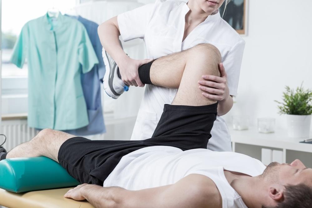 female-orthopedic-male-patient-bowlegged-bowlegs-bowleggs-medical-care.jpeg